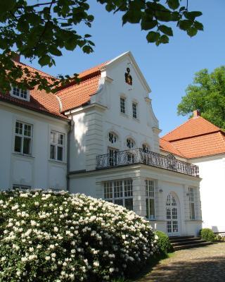 Schloss Badow