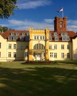 Schloss Lelkendorf - Fewo Parkblick