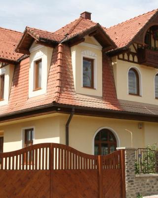 Casa Lecca