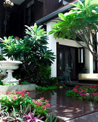 拉差曼哈泰國別墅