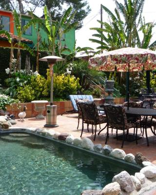 Woodland Hills Calabasas Guesthouses
