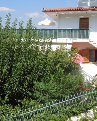 Petros House 1