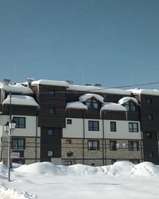 Gondola Apartments & Suites