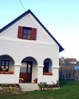 Balaton Felvidéki Fehér Porta