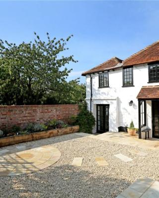 Henry VIII Cottage in the heart of Henley