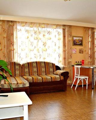 Apartment on Slonova 74/76 near Railstation