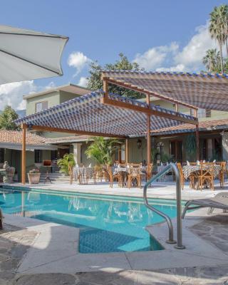 Hacienda del Lago Boutique Hotel