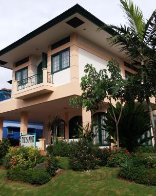 Villa Kota Bunga The Summit