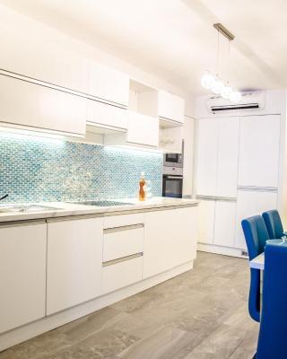 Blue Luxury Apartment