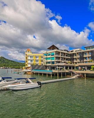 Two Seasons Coron Bayside Hotel