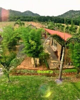 Baan Nork Farmstay