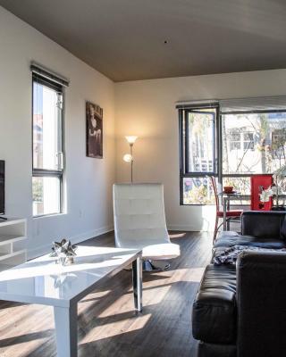 Furnished Suites in Gaslamp Quarter