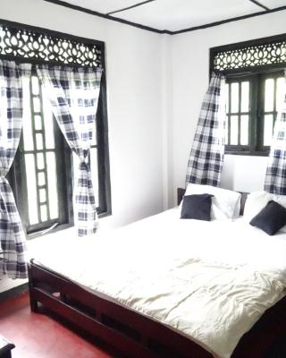 River Side Guest House & Travels