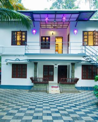 Marari White Home