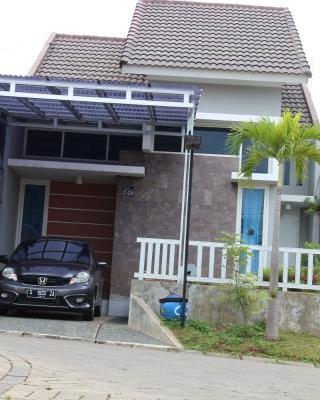 Vila Malang Bukit Tidar