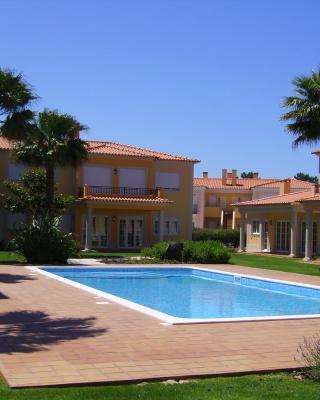 Praia D'El Rey Luxury Apartment