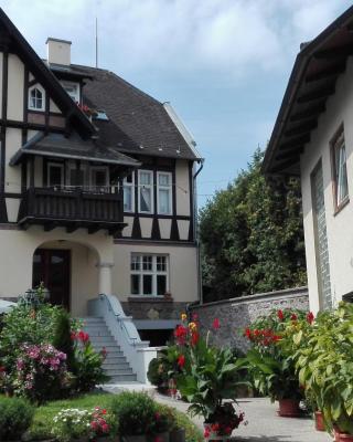 Haus zu den Zwei Eichen