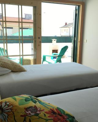 Oporto Surf Lodge