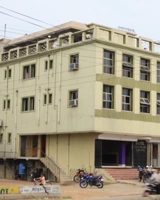 Hotel Namra Palace