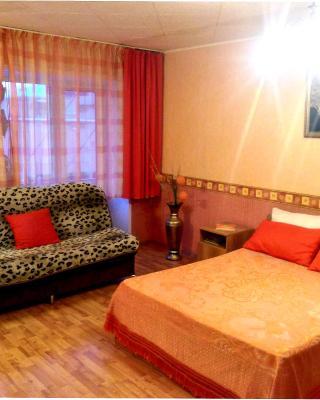 Apartment on Lunacharskogo 78