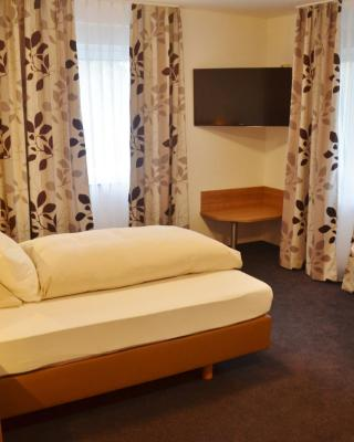 TIPTOP Hotel Hirt