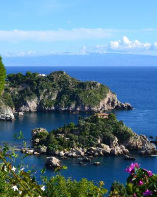 Charming Place Taormina