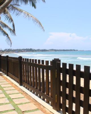 Love Birds Beach Hotel
