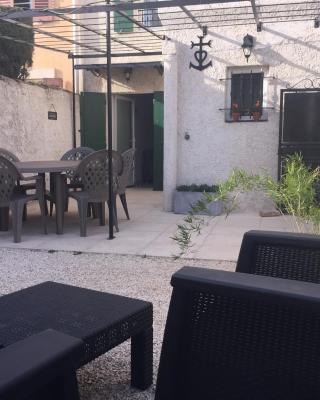 Maison de village, Maillane cœur de la Provence