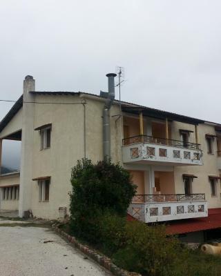 Panorama Kakopleyri Kalabakas
