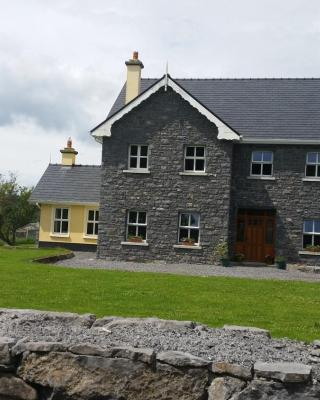 Whitethorn Lodge, Farm B&B, Lackafinna