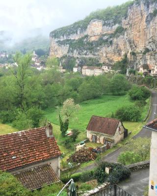 Un Jardin dans la Falaise