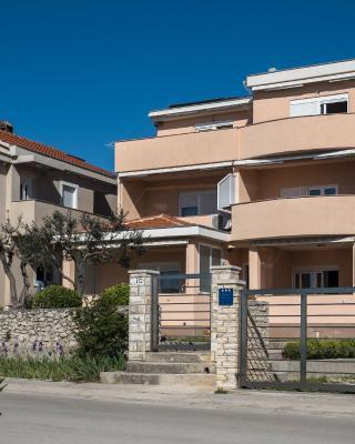 Apartments Nino 1