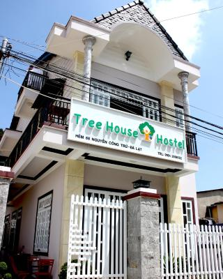 Tree House Hostel