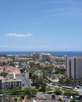 Ocean View Apartment in Center of Las Americas