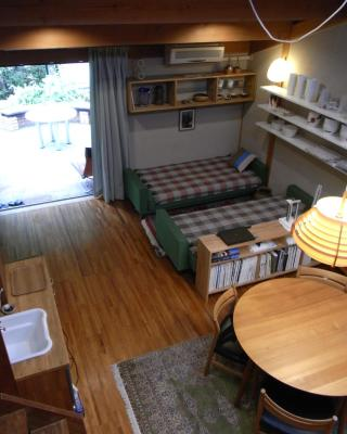 Tajimi Guest House