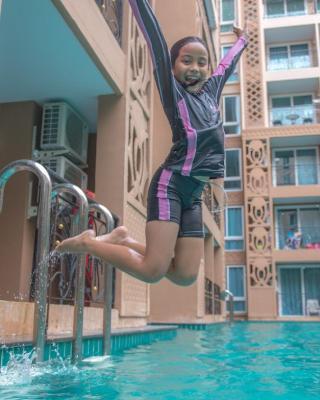 Atlantis Condo Resort Pattaya by Vichairat