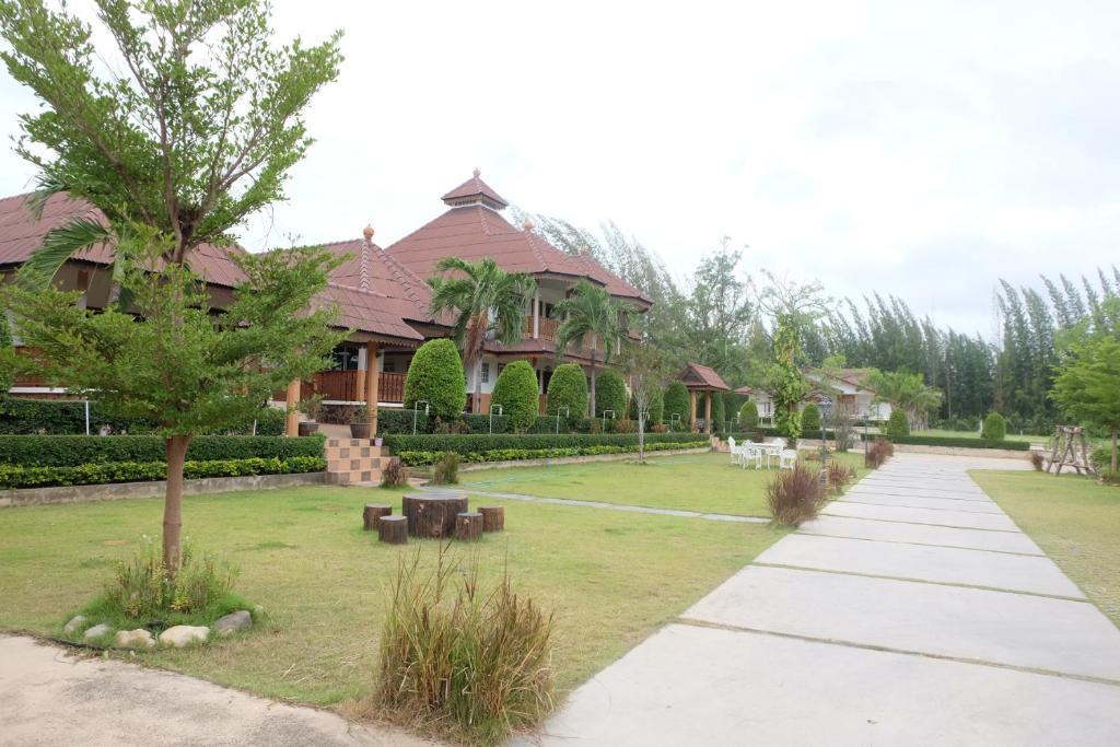 Ruen Sam Ran Resort