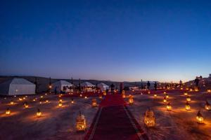 Oasis desert camps Agafay