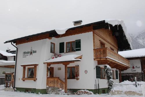 Chalet & Apartments Tiroler Bua