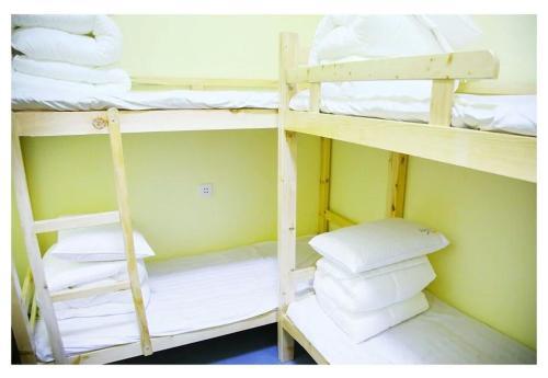 Shanghai Hupiao Youth Hostel