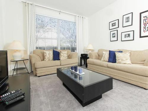 Windsor Palms Two Bedroom Apartment S5G