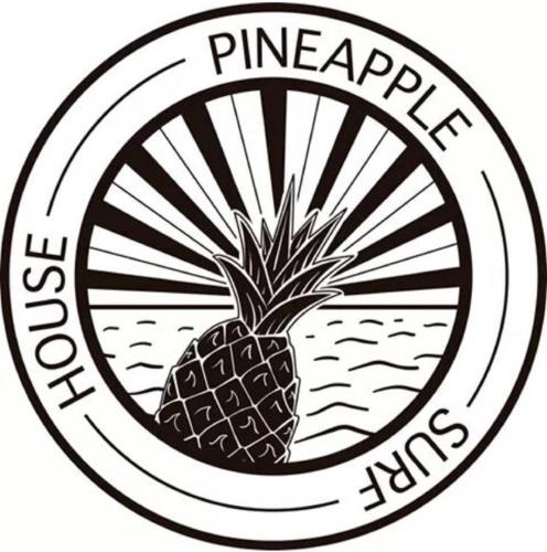 Pineapple Surf House