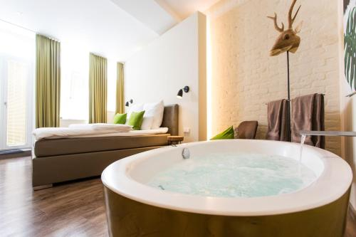 The 10 Best Hotels With Jacuzzi In Cologne Germany Booking Com