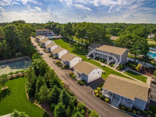Colonial Shores Resort