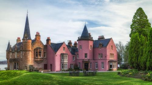 Pet Friendly Hotels In Inverness Uk Bunchrew House Hotel