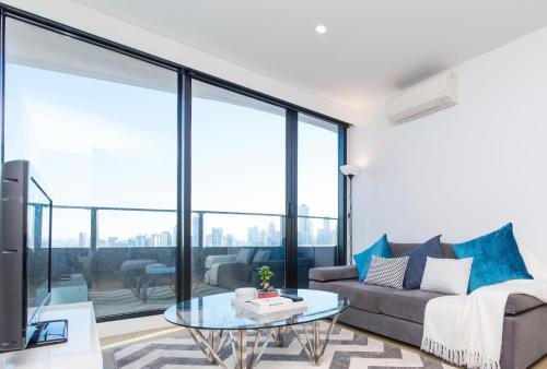 Domain Precinct Premium 2BD Apartment