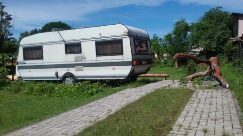 Summer bungalo trailer