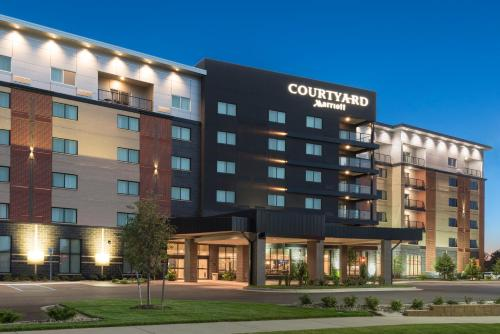 Courtyard By Marriott Mt Pleasant At Central Michigan University