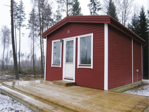 One-Bedroom Holiday Home in Hamneda