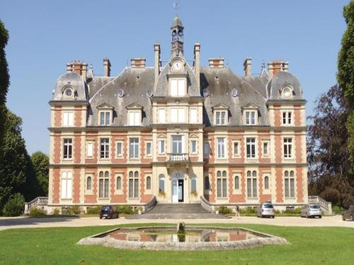 One-Bedroom Apartment in Ocquerre